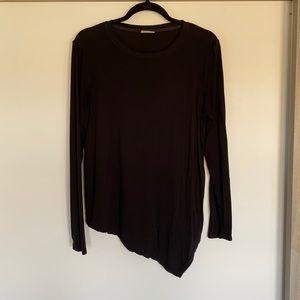 Asymmetric bottom long sleeve Size M